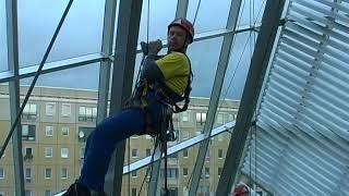 DiBaB Bergsteiger im Ufa Kristallpalast Dresden Nov. 2004