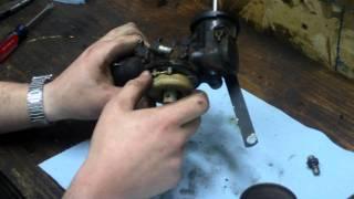How to Clean / Rebuild Briggs and Stratton One Piece Flo-Jet Carburetor