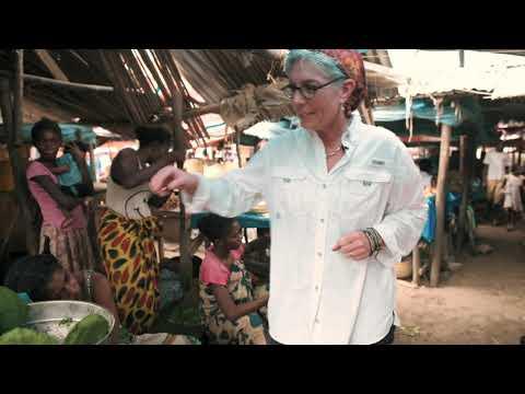 Healing Seekers Madagascar:  Market in Ambanja