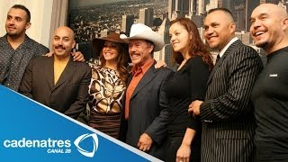 Juan Rivera presenta muy orgulloso a toda su familia / Dinastia Rivera