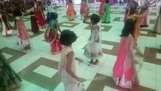 Pankhida o pankhida dandiya  indu it  school  student