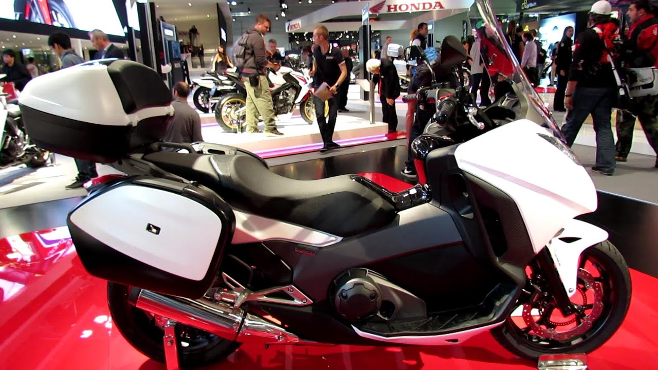 2014 honda integra 750 dct scooter walkaround 2013 eicma. Black Bedroom Furniture Sets. Home Design Ideas