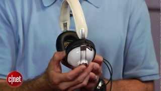 Video Panasonic's $30 retro headphones rock - First Look download MP3, 3GP, MP4, WEBM, AVI, FLV Juli 2018