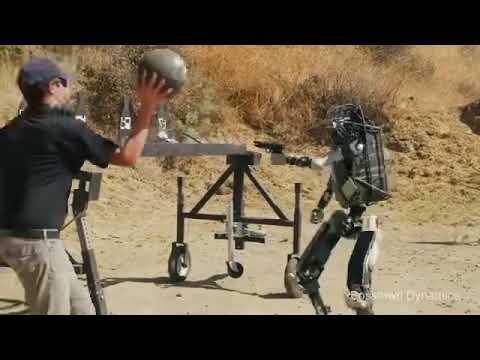 Канал Corridor выпустил новую пародию на роботов Boston Dynamics. Теперь их испытывают в боевых усло