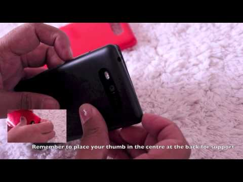How to open your Nokia Lumia 820 back panel