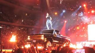 Repeat youtube video Luke Bryan - That's My Kinda Night - Madison  Square Garden