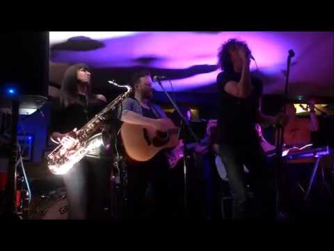 Hornal (with Tom Billington) cover of 'Born to Run', St. Albans, 25.04.19 from YouTube · Duration:  4 minutes 39 seconds