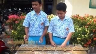 PRAKTEK FISIKA ( Alat Pemotong Rumput Sederhana )