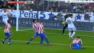 Real Madrid - Atletico 2-0 07.11.2010 Real Madryt - Atletico Madryt 2-0 video highlights(HQ QUALITY real madrid - atletico 2-0 video highlights 07.11.2010 Mesut Ozil Ricardo Carvalho, Primera Division La Liga BBVA,
