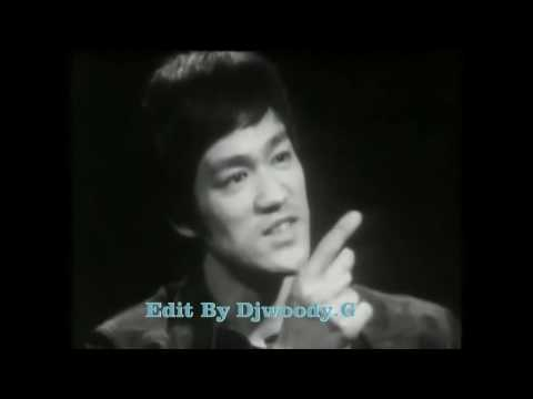 Bruce lee - living chinese dragon
