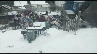 47news: Улицу в Токсово завалило одеждой