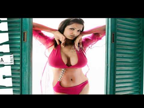 Bollywood Actress Rekha Boobs Showed When Acidently Slip in Water from YouTube · Duration:  1 minutes 37 seconds