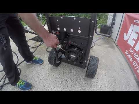Briggs And Startton Engine Driven Pressure Wher With Auto Throttle