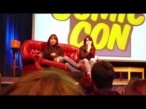 Torchwood at Comic con, Eve Myles (Gwen Cooper) and Naoko Mori (Toshiko Sato)