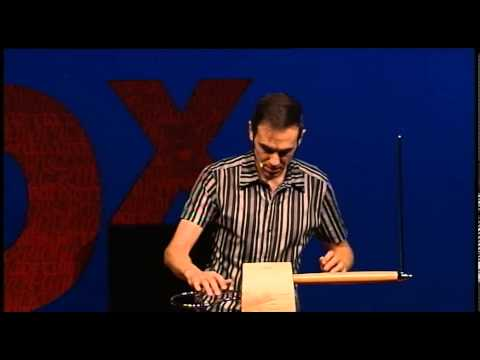 Amazing theremin: Javier Díez-Ena at TEDxMadrid