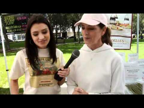 Tampa Girl Visits the Tampa Downtown Market