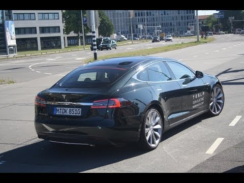 The New 2013 Tesla Model S Looks, Interior And FAST Acceleration!! (1080p Full HD)