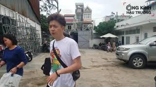 THÁCH THỨC DANH HÀI    Ngô Kiến Huy - Trường Giang tự lái xế hộp đến phim trường