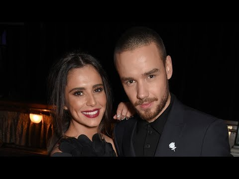 Liam Payne EMBARRASSES Cheryl During Live Interview & Talks Dream 1D Concert Mp3