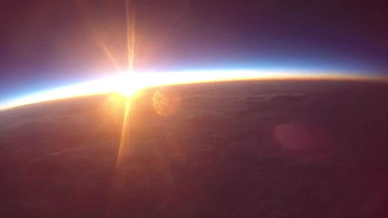 A Sunrise from the Edge of Space - YouTube