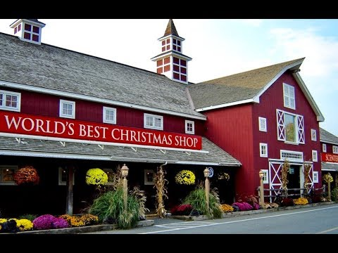 Yankee Candle Village Flagship Store Tour | Shop with Me