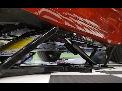 PRI 2014: Quickjack is the Safe, Easy, Portable Way to Lift Your Car