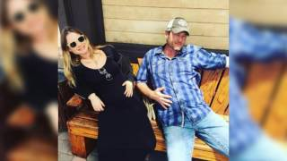 blake shelton makes a confession about gwen stefanis sons addresses pregnancy rumors