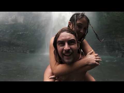 Смотреть клип Никита Хазановский - Ловлю Её Губы