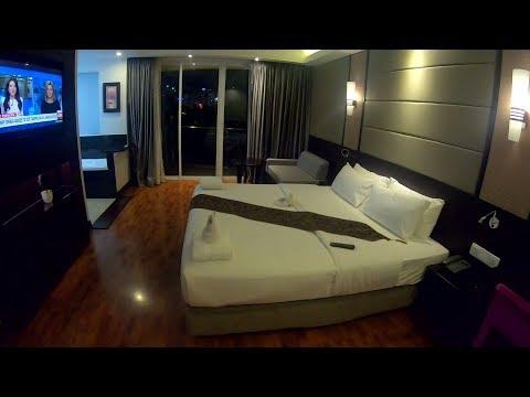BEST HOTEL IN PHNOM PENH CAMBODIA! HARMONY PHNOM PENH HOTEL & DELUXE QUEEN BALCONY ROOM