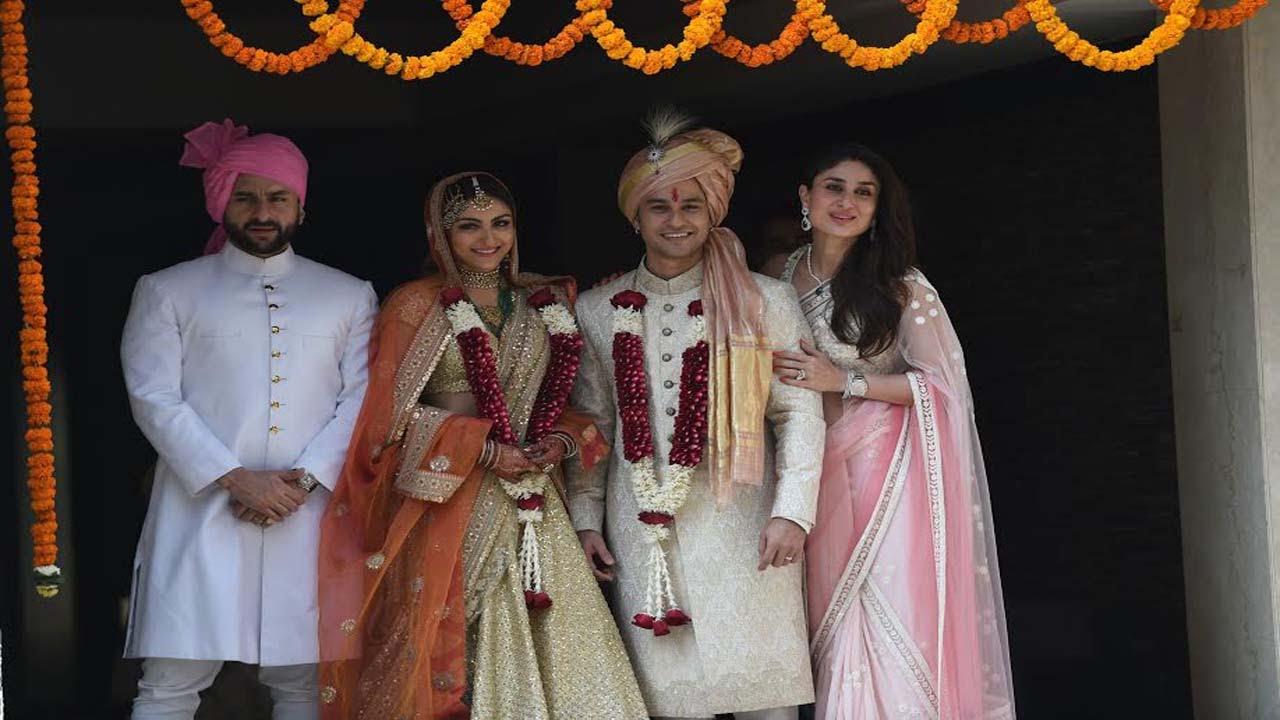 Saif Ali Khan Kareena Kapoor At Soha And Kunal Khemus Wedding Ceremony