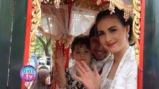 Download Video Arumi Bachsin & Emil Dardak Tunggangi Kereta Kencana Diarak Keliling Kota Bareng Pusaka - bioztv.id MP3 3GP MP4