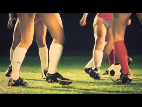 Сексуальный женский футбол