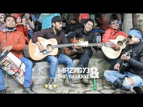 Bukit Berbunga Acoustic Pengamen Jos
