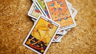 What Is Tarot Reading? | Psychic Abilities