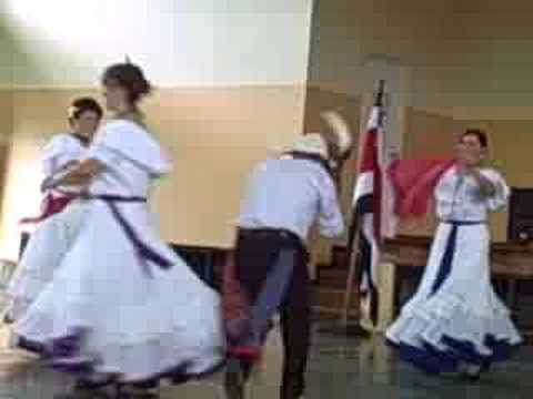 A Cultural Dance from Costa Rica (5 of 8)