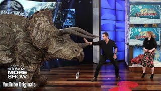 Chris Pratt and Bryce Dallas Howard Give the Audience a Big Surprise thumbnail