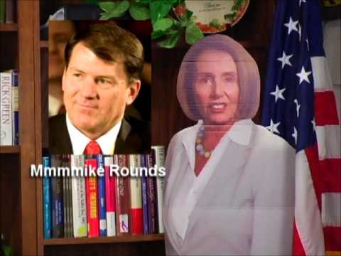 526-13 Nancy Pelosi Loves Mike Rounds