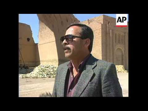 IRAQ: AL-MADAIN: 3RD CENTURY ARCH ON VERGE OF COLLAPSE