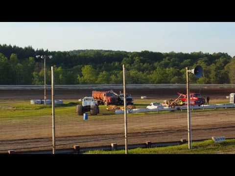June 10, 2017 Hummingbird Speedway Late Model Heat 1