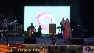 Alka Yagnik singing Tum Aaye To Aaya Mujhe Yaad song at DFWICS Diwali Mela 2015 at Dallas