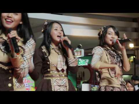 JKT48 - Koisuru Fortune Cookie Live Cirebon