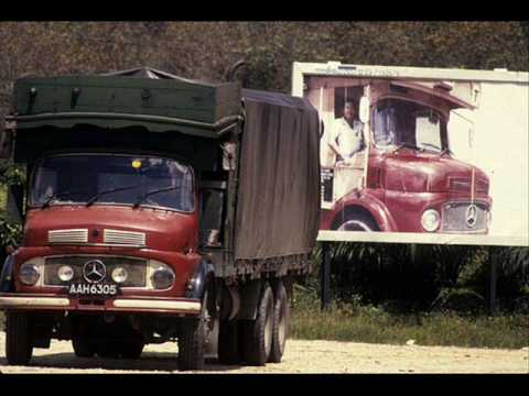 Old mercedes benz truck malaysia youtube for Old mercedes benz trucks