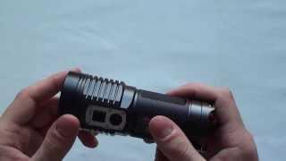Аккумуляторный светодиодный фонарь Jetbeam SRA40 Обзор(Светодиод CREE XM-L2 с ресурсом работы 50000 часов - Встроенный зарядный модуль - Питание от 4xAA батарей - Легкий..., 2013-10-30T14:46:02.000Z)
