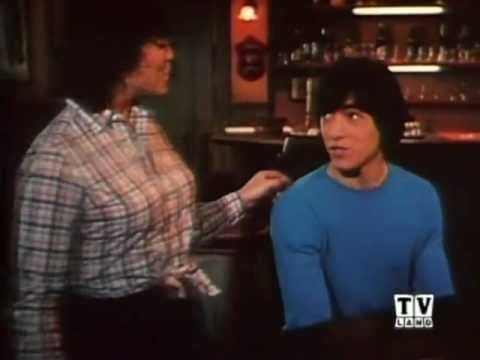 Joanie Loves Chachi is listed (or ranked) 2 on the list The Worst TV Theme Songs