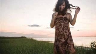 Bebel Gilberto - Bim Bom