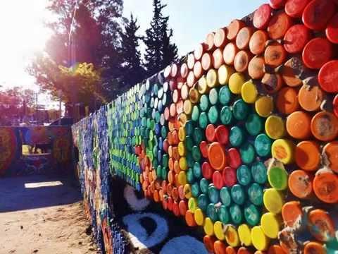 murales y con tapitas plsticas