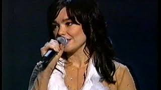 Bjork - I've Seen It All (Live at Oscar 2000)