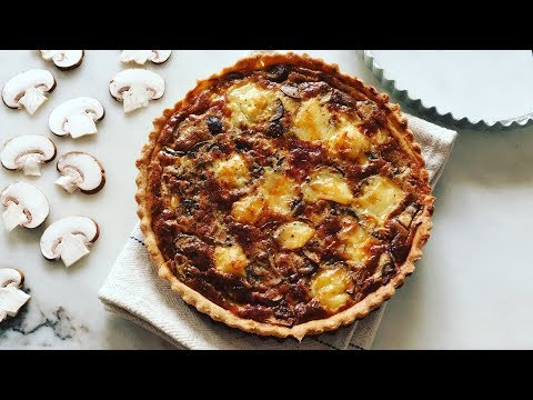 Mushroom and Cheese Quiche | Quiche aux champignons et au fromage