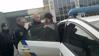(18+) Видео Романа Силина: патрульные задержали Виталия Василенко