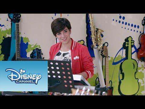 Violetta: Momento Musical: León, Gery y Alex tocan Alcancemos las Estrellas mp3 ke stažení